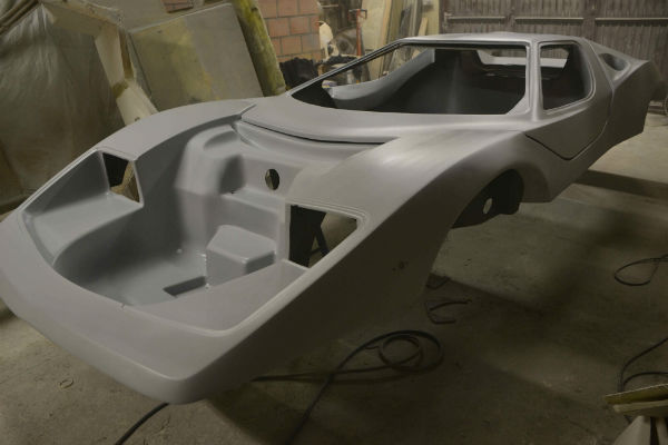 afbeelding van replica, nova kit car, nova polyester kitcar, nova body replica, kit car nova,kitcar op kever chassis, kit car op kever chassis
